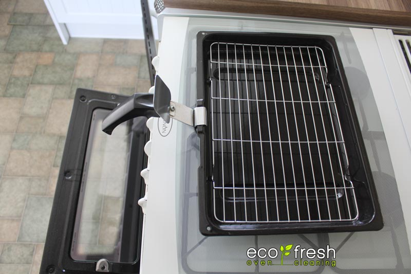 how to clean smeg oven trays